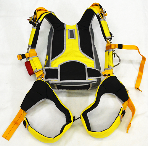 st back ventilated back harness system of container fire skydive